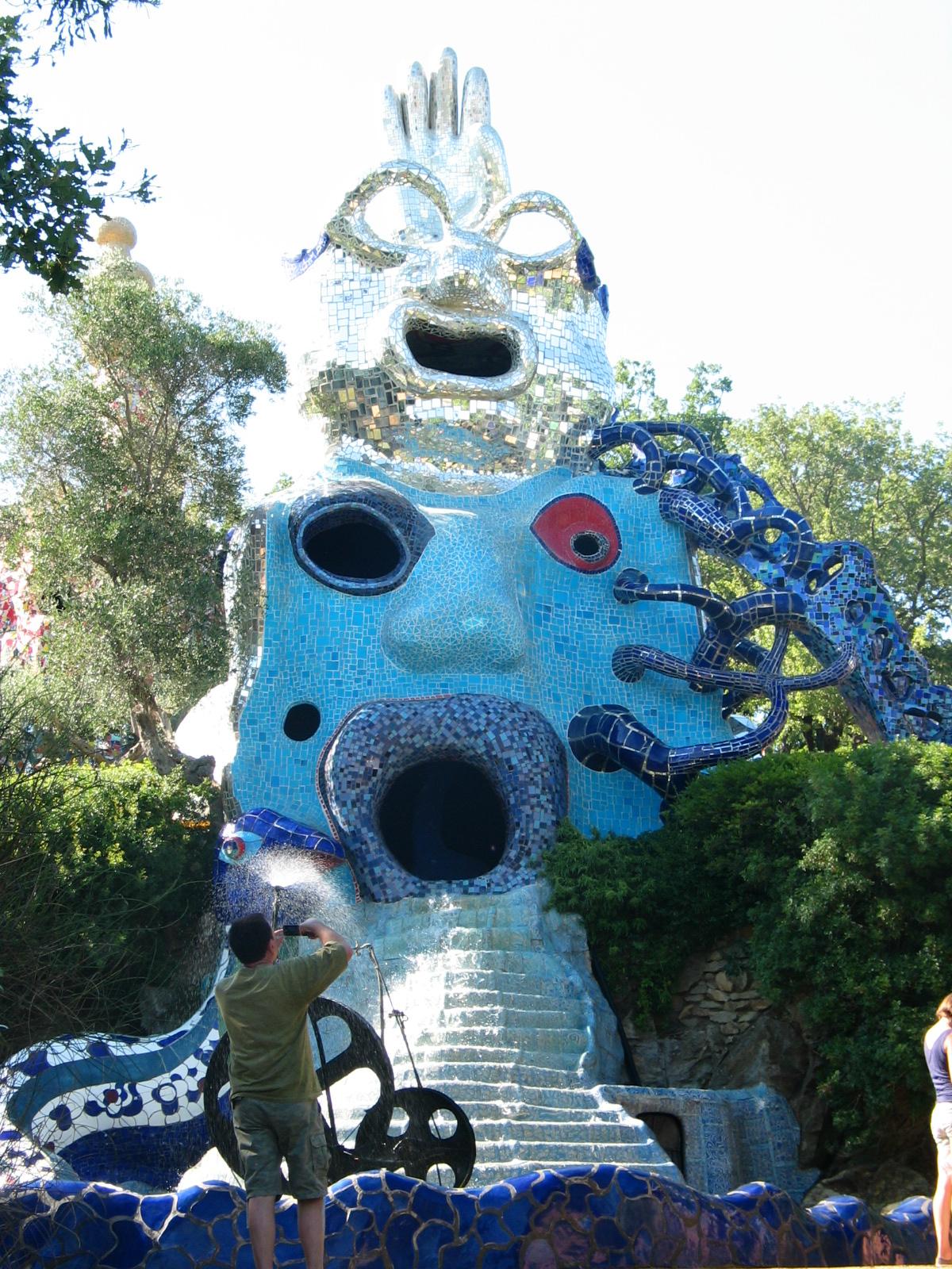 Des représentations du Tarot grandioses et colorées